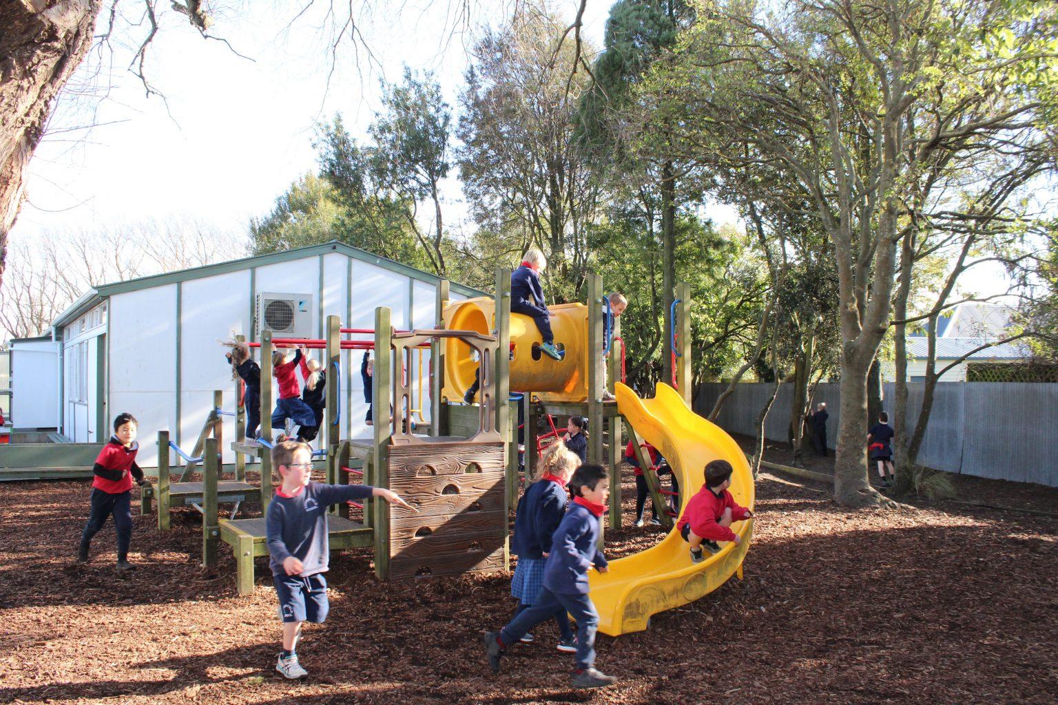Somerfield Te Kura Wairepo students on small outdoor playground